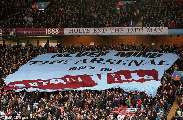 Tro he cua CDV Premier League qua nhung tam banner hinh anh 6