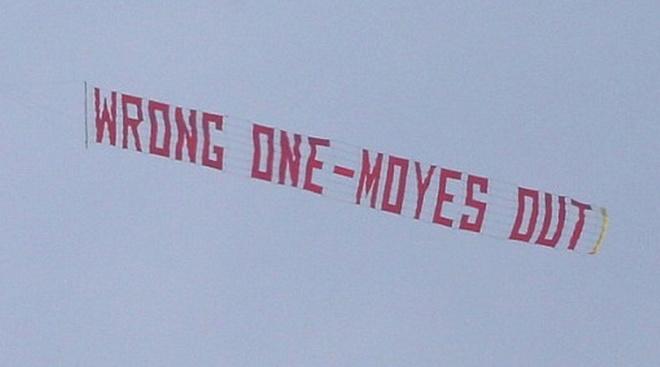 Tro he cua CDV Premier League qua nhung tam banner hinh anh
