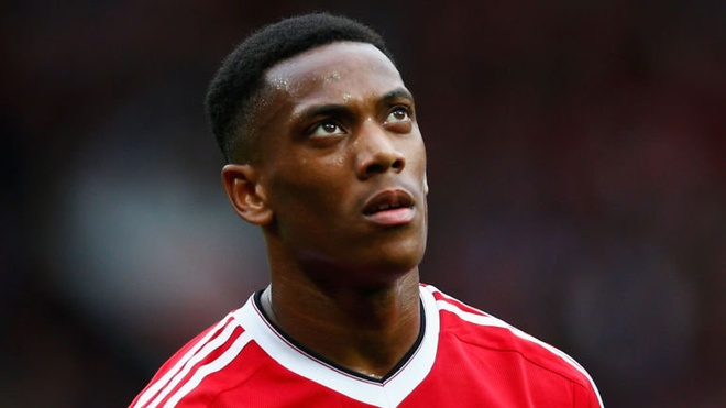 Martial to cao Mourinho muon day anh khoi Old Trafford hinh anh