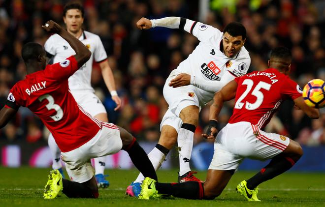 MU vs Watford (2-0): Martial ruc sang hinh anh 29