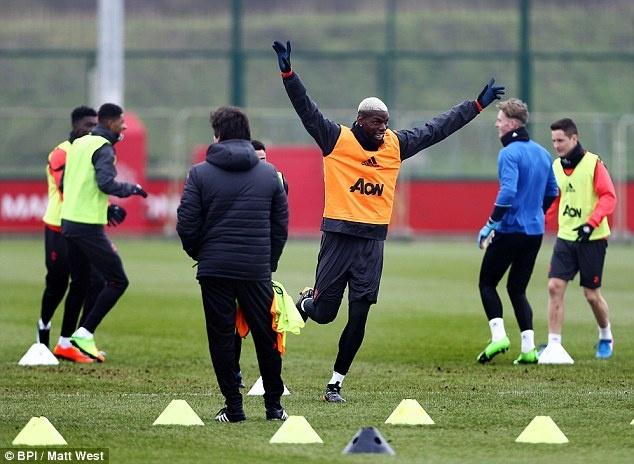 Mourinho: 'Me Pogba khong muon chung toi gianh chien thang' hinh anh 4