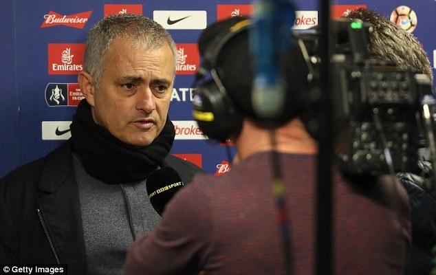 Mourinho lo lang khi gap lai Chelsea anh 1