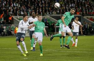 Saint Etienne vs MU (0-1): Eric Bailly nhan the do hinh anh 15