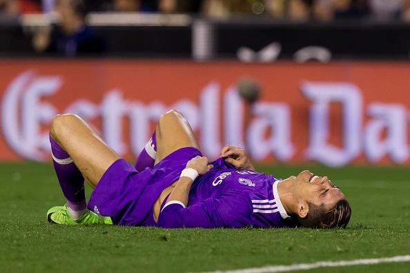 Ronaldo quat thao dong doi sau tran thua Valencia hinh anh 1