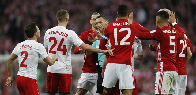 MU vs Southampton (3-2): 'Dang cuu the' Ibrahimovic hinh anh 26