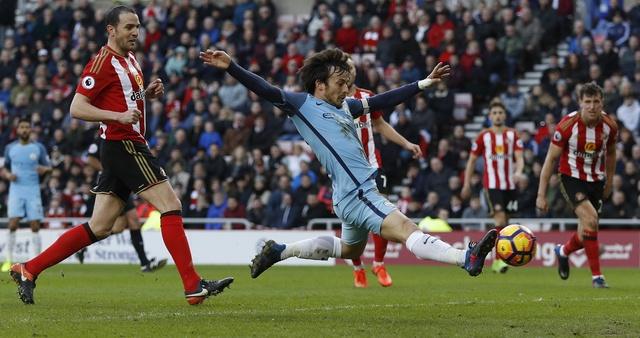 Aguero toa sang dua Man City len vi tri thu 3 hinh anh 20