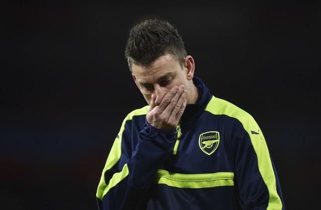 Koscielny nhan the do, Arsenal thua Bayern 2-10 sau 2 luot tran hinh anh 13