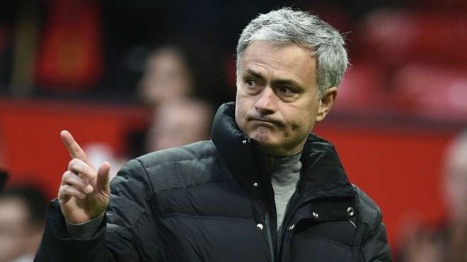 Mourinho treu dua cau be nhat bong cua Rostov anh 1