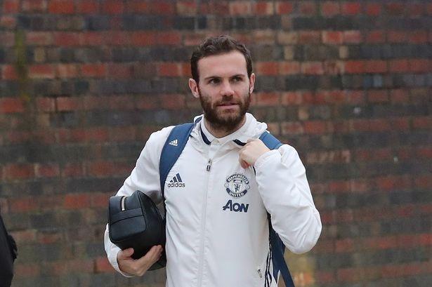 Mourinho dung doi hinh khong tien dao 'phuc thu' Chelsea hinh anh 4