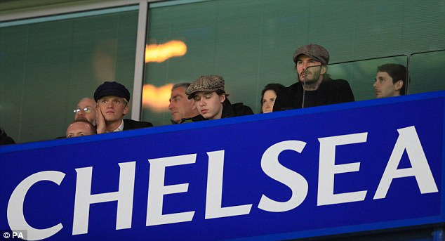 Beckham dan dau dan VIP den xem tran Chelsea gap MU hinh anh 1