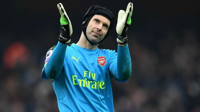 Ibra, Cech va nhung nhan to Ligue 1 khuay dao Premier League hinh anh 6