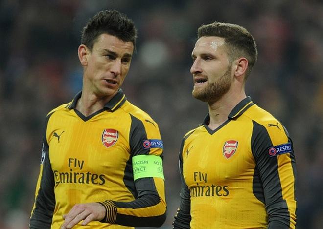 Doi hinh te nhat vong 29 Ngoai hang Anh: Goi ten hang thu Arsenal hinh anh