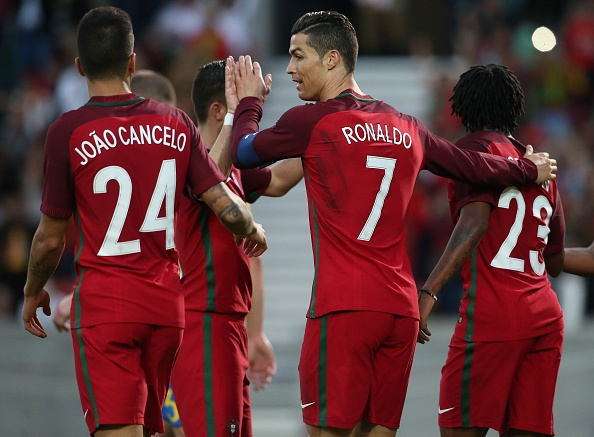 Ronaldo ra nghi som, Bo Dao Nha thua nguoc Thuy Dien hinh anh 5