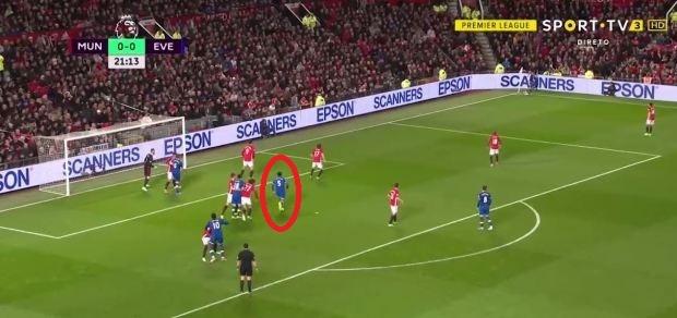 Ibra trach moc dong doi sau tran hoa Everton hinh anh 1