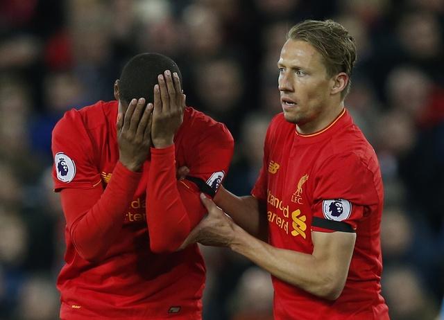 Cau thu mac sai lam, Liverpool lai mat diem boi doi chieu duoi hinh anh