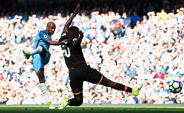 Stoke vs Liverpool (1-2): 'The Kop' ghi 2 ban trong 2 phut hinh anh 24