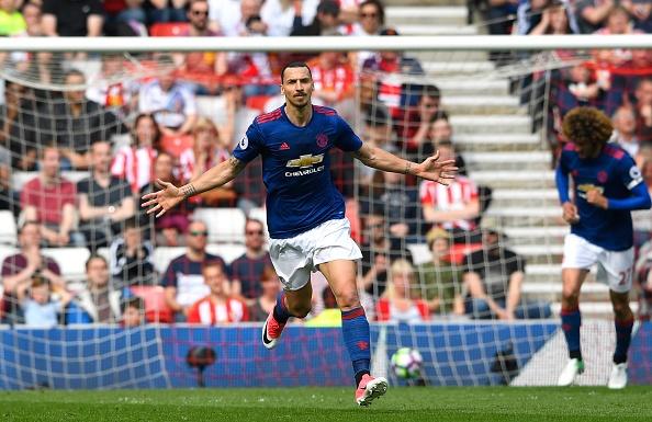 Sunderland vs Man Utd (0-3): Ibra kien tao, Rashford lap cong hinh anh 15