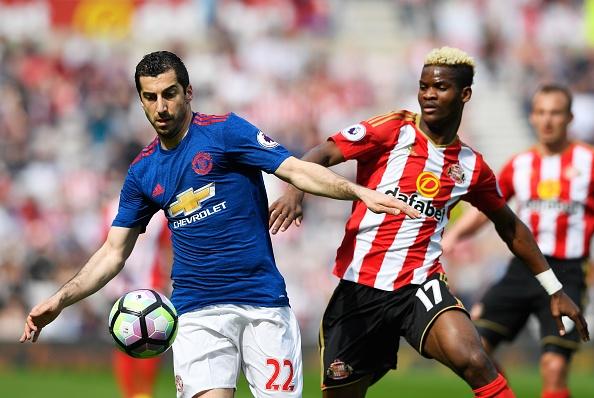 Sunderland vs Man Utd (0-3): Ibra kien tao, Rashford lap cong hinh anh 13