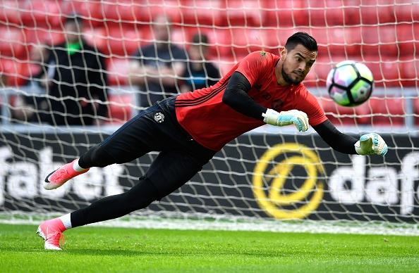 Sunderland vs Man Utd (0-3): Ibra kien tao, Rashford lap cong hinh anh 9