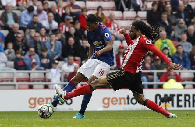 Sunderland vs Man Utd (0-3): Ibra kien tao, Rashford lap cong hinh anh 23