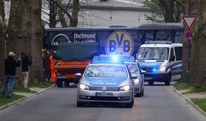 Canh sat ho tong xe buyt cua Dortmund den tan cua SVD hinh anh
