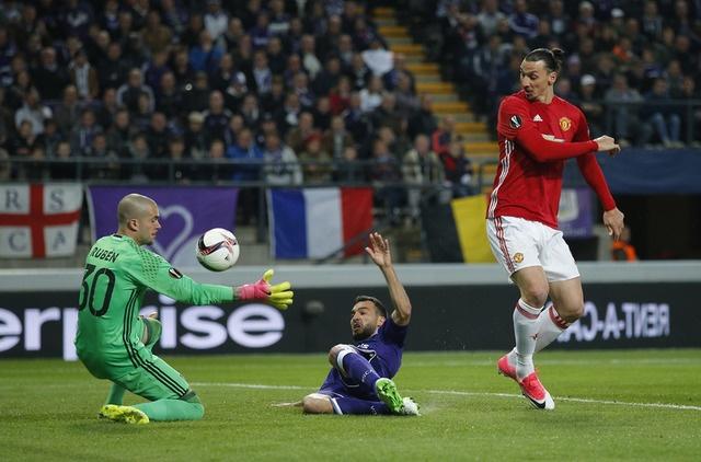 MU vs Anderlecht anh 13