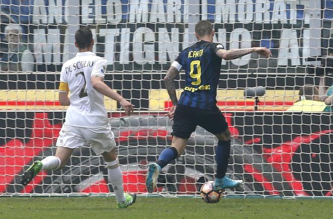 Bo doi trung ve Milan khien Inter om han o tran derby thu 166 hinh anh 5