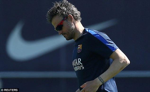 Tam trang trai nguoc cua Ronaldo,  Messi anh 6