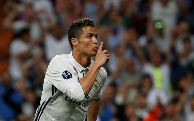 Tam trang trai nguoc cua Ronaldo,  Messi anh 9
