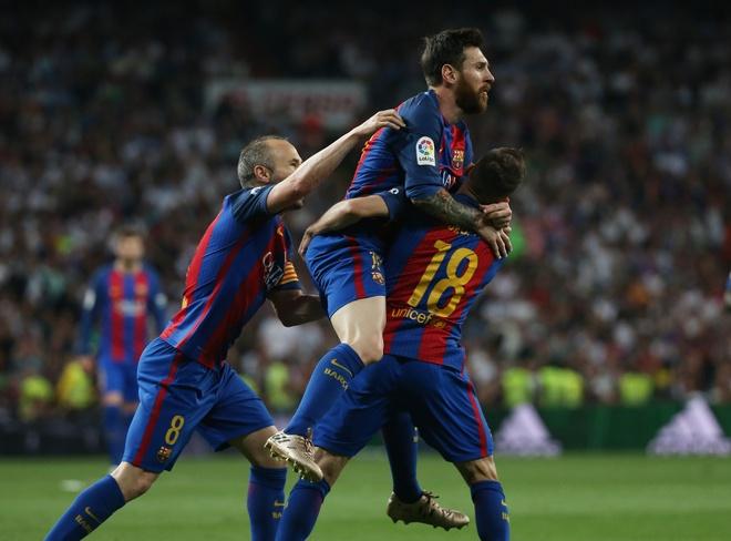 Bi thuc cui cho chay mau mom, Messi solo qua 2 cau thu Real ghi ban hinh anh 7