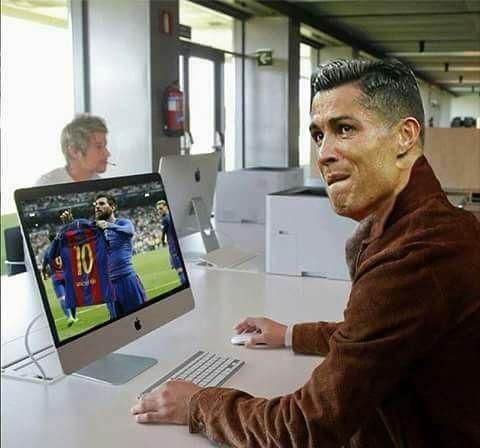 Mon do choi hinh Messi khien CDV Real tuc toi hinh anh 2