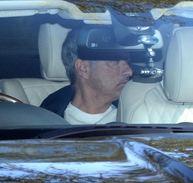 Mourinho don 2 tru cot tro lai anh 4