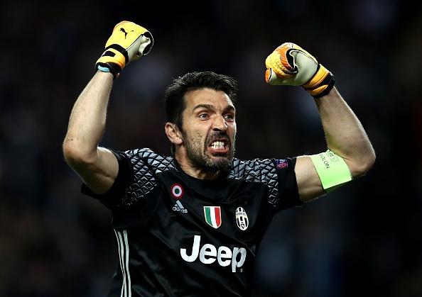 Giai ma hien tuong Monaco, Juventus lap ky luc chua tung co hinh anh
