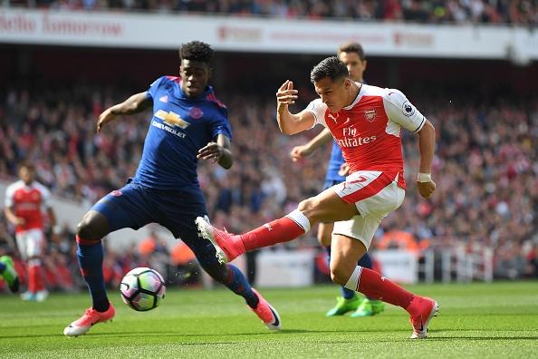Truc tiep Arsenal vs MU anh 16