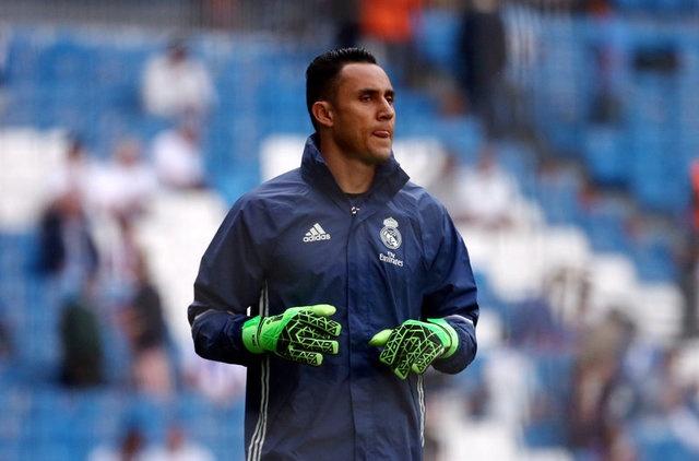 Real vs Sevilla (4-1): Ronaldo lap cu dup hinh anh 9