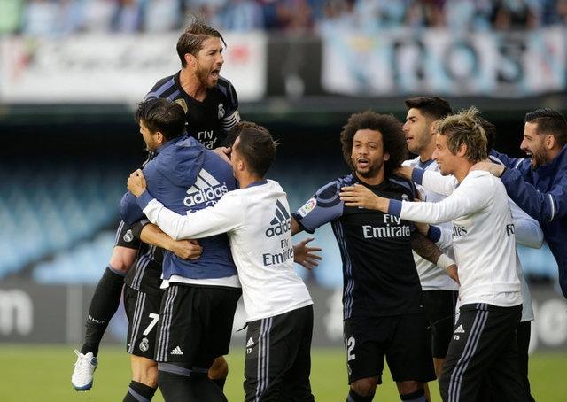 Ronaldo lap cu dup, Real cham mot tay vao chuc vo dich La Liga hinh anh 8