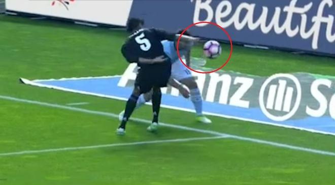 Fan Barca buc xuc vi Real duoc thien vi trong tran thang Celta hinh anh 3