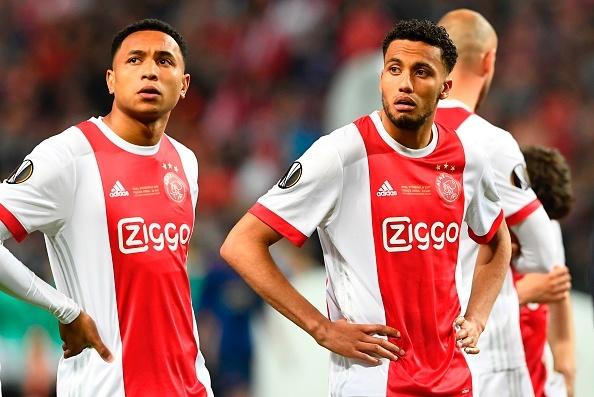 Dan sao tre Ajax guc nga sau that bai truoc MU hinh anh