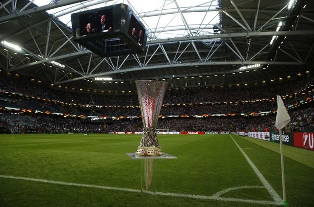 Pogba toa sang, MU lan dau dang quang Europa League hinh anh 16