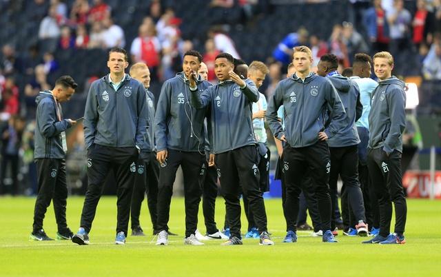 Pogba toa sang, MU lan dau dang quang Europa League hinh anh 19