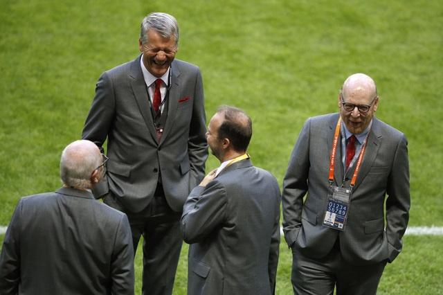 Pogba toa sang, MU lan dau dang quang Europa League hinh anh 15