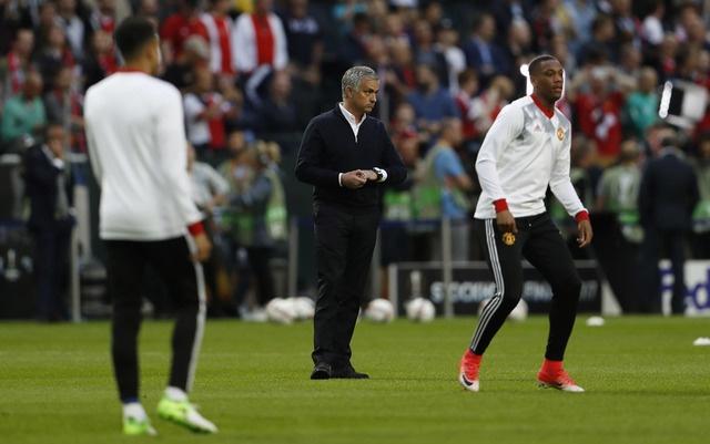 Pogba toa sang, MU lan dau dang quang Europa League hinh anh 23