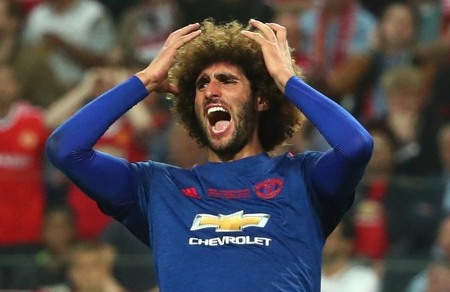 Cham diem chung ket Europa League: 'Cuu tinh' Fellaini hinh anh