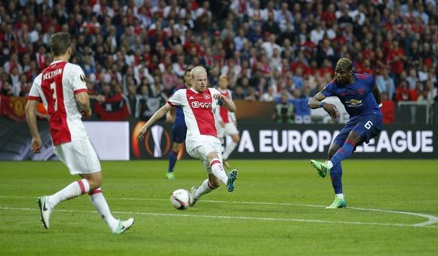 Pogba toa sang, MU lan dau dang quang Europa League hinh anh 24