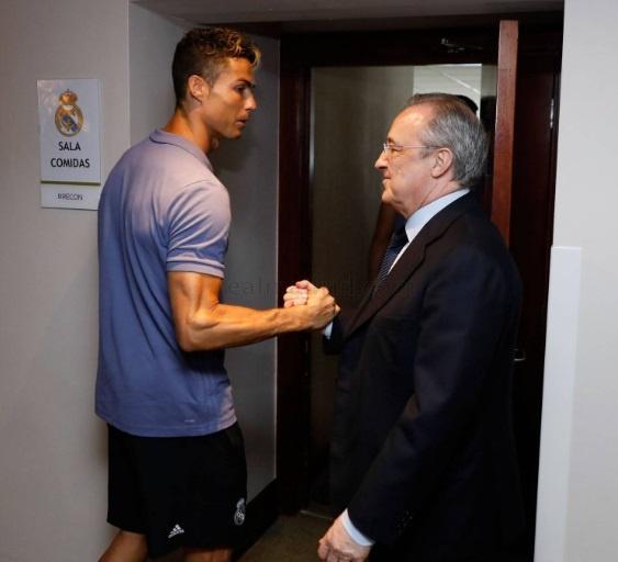 Ronaldo duoc khich le truoc chung ket Champions League hinh anh 4
