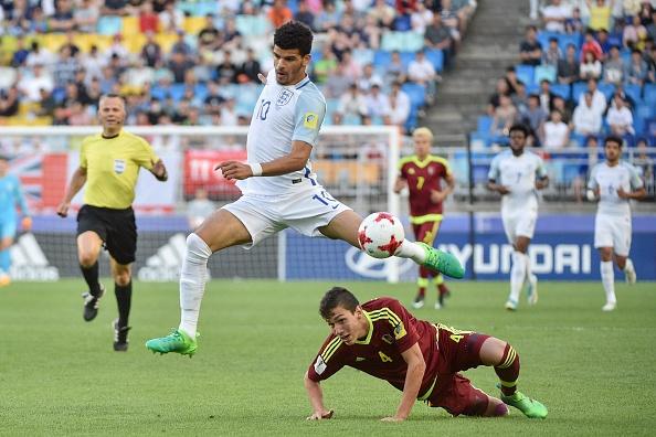 Sao tre Premier League lap cong, Anh dang quang U20 World Cup hinh anh 11
