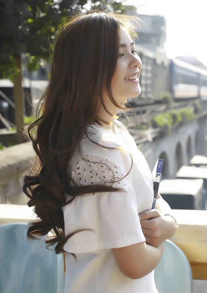 9X Tuyen Quang vao top 12 nu sinh an tuong nhat nam 2015 hinh anh 2