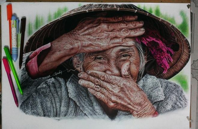 Chang trai Gia Lai ve tranh chan dung song dong nhu that hinh anh 1