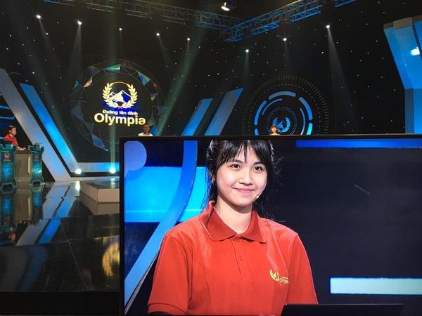 Nhung thi sinh gay nao loan Duong len dinh Olympia 2016 hinh anh 1