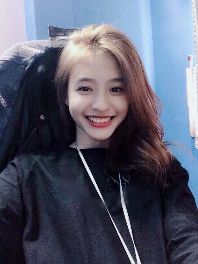 Hot girl lai Phap duoc coi nhu ban sao cua Kha Ngan hinh anh 5